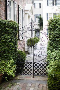 Wedding Garden Gate Wrought Iron Ideas For 2019 Portal, Garden Doors, Garden Gates, Charleston Homes, Wrought Iron Gates, Entrance Gates, Gate Design, Dream Garden, Garden Inspiration