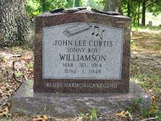 Famous Tombstones, Sonny Boy, Death Art, Famous Graves, Blue Poster, Cemetery Art, Blues Artists, Love Blue, Rockabilly
