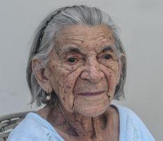 personaje: la vieja