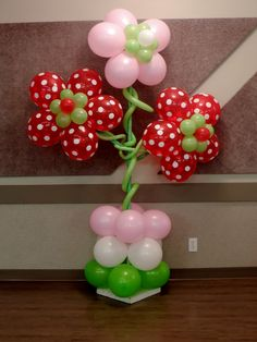 Flowers made out of balloons