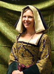 Late 15th - early 16th century English or French gown