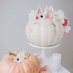 Psst! Remember Nats unicorn cake? Well she just turned it into a pumpkin. There's a tutorial on the cake AND pumpkin on the blog now! Get your DIY pants on and don't forget to tag us so we can see your magical unicorn creations!