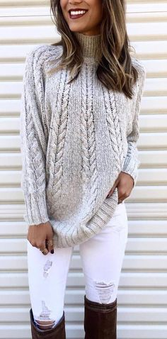 Gray cable knit sweater with white distressed jeans and black OTK boots. Summer Pants Outfits, Cozy Winter Outfits, Casual Summer Dresses, Trendy Dresses, Sweater Outfits, Outfit Winter, Outfit Summer, Dress Casual, Bootfahren Outfit