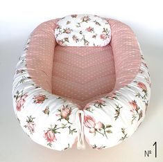 White baby nest babynest cocoon dock-a-tot white co-sleeper cosleeper baby positioner baby lounger babynestchen sleep bed Get Baby, Baby Sleep, Baby Baby, Baby Girls, Snuggle Nest, Baby Nest Bed, Co Sleeper, Baby Chickens, Baby Pillows
