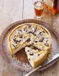 Pastiera di formaggio e amaretto - De Smaak van Italië