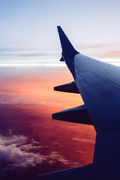 Adventure Aesthetic, Travel Aesthetic, Pink Aesthetic, Airplane Photography, Sunset Photography, Airplane Window, Airplane View, Rumble In The Jungle, Pink Sunset
