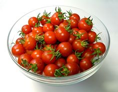 1 pint cherry or grape tomatoes