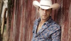 Justin Moore<3