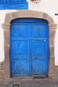 Blue door #106 in Peru~