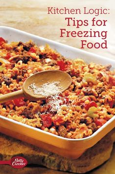 Looking for some time-saving and easy recipes? Try one dish meals that can be made ahead of time and stored in the freezer. Save time with one dish meals that can be made ahead of time and stored in the freezer. Baking Hacks, Baking Tips, Easy Freezer Meals, Quick Meals, Great Chicken Recipes, Easy Recipes, Martha Stewart Cooking School, Valley Ranch, Food Charts