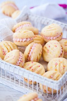 Melting Moments Cookies with Raspberry Buttercream Melting Moments Cookies are a type of shortbread that melts in your mouth. These ones are filled with an easy Raspberry Buttercream. This is the best melting moments recipe EVER! Köstliche Desserts, Delicious Desserts, Dessert Recipes, Yummy Food, Dessert Food, Party Food Desserts, Dinner Recipes, Mexican Desserts, Types Of Desserts