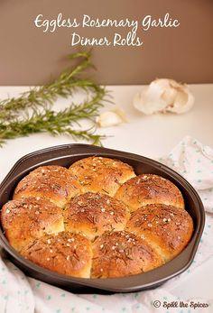 Eggless Rosemary Garlic Dinner Rolls #BreadBakers | Spill the Spices