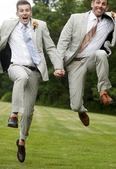 Wedding Photos 46 Incredible Gay Wedding Photos That Will Make Your Heart Melt - Love is fabulous. Here's to gay marriage. Lesbian Wedding, Wedding Men, Wedding Pics, Wedding Ideas, Wedding Advice, Wedding Things, Gold Wedding, Wedding Reception, Gay Lindo