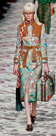 Floral couture in The Green Gallery issue #3, photo's Jeroen Snijder, source Vogue, Gucci.com_______.