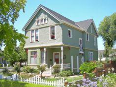 Victorian House by roarofthefour http://flic.kr/p/5aptVC Santa Clara, California, built about 1889.