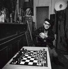 Man Ray. Artista. París, 1975
