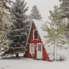 New post on folklifestyle A Frame Cabin Plans, I Love House, A Frame House, Cabins In The Woods, Winter Scenes, Future House, Beautiful Homes, Architecture, House Styles