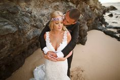 Beach bride & groom - Maui, Hawaii Wedding - Anna Kim Photography