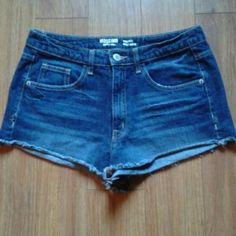 Mossimo High Waisted Shorts Sz 13 Mossimo High Waisted Shorts...Sz 13...super cute high waisted denim shorts...worn once...in excellent condition Mossimo Supply Co. Shorts Jean Shorts