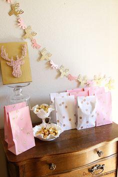 Gold, White, & Pink Deer Birthday Party @Carla Bernardino LOOOK AT THE MOOSE GARLAND!