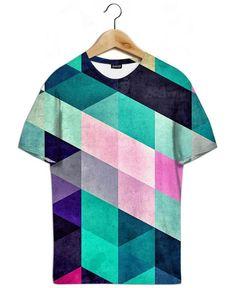 8fec91dbb0573c cyrvynne als T-Shirt All-Over-Druck von Spires