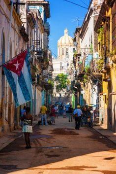 Escena de la calle en La Habana Vieja  Cuba