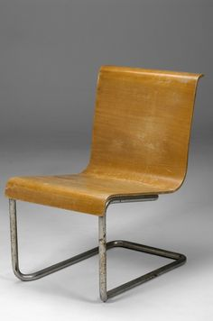 Alvar Aalto Paimio Cantilevered Chair No.23