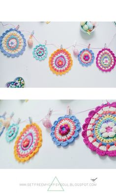 A free crochet pattern of easter bunting. Do you also want to crochet this bunting? Read more about the Free Crochet Pattern Easter Egg Mandala Bunting. Crochet Flower Bunting, Crochet Bunting Pattern, Crochet Garland, Easter Crochet Patterns, Crochet Motif, Crochet Flowers, Knitted Bunting, Crochet Circles, Crochet Squares