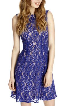 Middle-rise Hollow-out Sleeveless Lace Dress