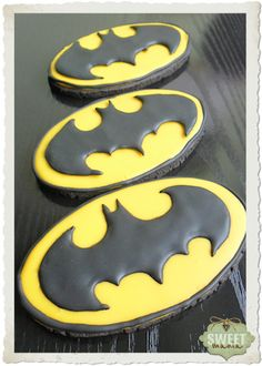 for the midnight premiere! BATMAN COOKIES