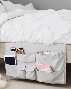 The Best Dorm Room Storage Products Every College Student Needs 20 Best Dorm Room Storage Ideas – College Dorm Organizers Guy Dorm Rooms, Cool Dorm Rooms, College Bedroom Decor, College Room, College Dorm Bedding, College Humor, College Dorm Closet, Uga Dorm, Dorm Room Closet