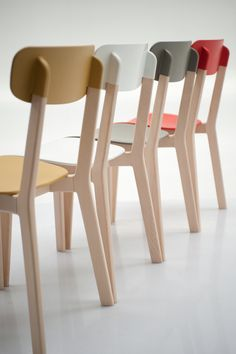 mr smith studio: cream chair for calligaris the design aims to build a bridge between wood and plastics with the whole project playing around the connections between the chosen materials. Cool Furniture, Painted Furniture, Modern Furniture, Furniture Design, Painted Chairs, Wicker Furniture, Antique Furniture, Deco Design, Wood Design