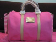 Victoria's Secret Heaven: Victoria's Secret Pink Duffle Tote Speedy Bag