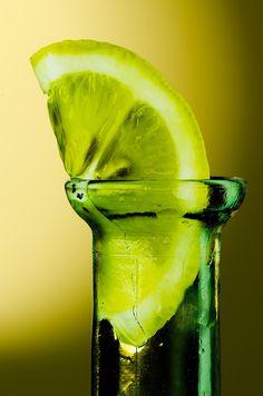 Color Verde Lima - Lime Green!!! Bottle