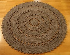 Crocheted rug. Free pattern