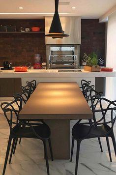 Iluminação direta confere clima intimista a essa varanda gourmet Modern Kitchen Interiors, Modern Kitchen Design, Interior Design Kitchen, Kitchen Island Dining Table, Sweet Home, Dinner Room, Home And Deco, Home Kitchens, New Homes