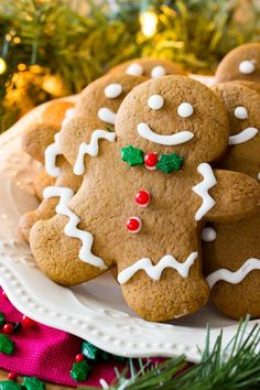 The BEST Gingerbread Cookies! Soft and chewy, made with all butter! The BEST Gingerbread Cookies! Soft and chewy, made with all butter! Best Sugar Cookie Recipe, Ginger Bread Cookies Recipe, Best Sugar Cookies, Best Cookie Recipes, Christmas Cookies, Cookies Soft, Spritz Cookies, Thumbprint Cookies, Ginger Cookies