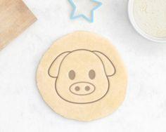 Pig Cookie Cutter – Animal Cookie Cutter Emoji Cookie Cutter Pet Treat Nature Cute Kawaii Geek Hipster Dog Geek Cookie Cutter – 3D Printed by RochaixCookieCutters on Etsy https://www.etsy.com/listing/293810239/pig-cookie-cutter-animal-cookie-cutter