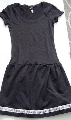 T-shirt dress from THE SEWING DORK: tutorials: super cute for summer! (try different colors). link also has an adorable ruffle dress!