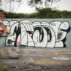 SWEET @sweetunograffsport _______________________ #madstylers #graffiti #graff  #style #colorful #stylewriting #summer #sprayart #graffitiart