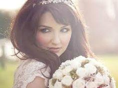 Znalezione obrazy dla zapytania ozdoby ślubne do włosów