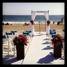 Dream beach wedding! Visit the Sunset Restaurant. Malibu!