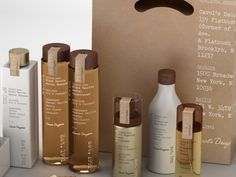 Packaging Carol's Daughter :: designed by Established House-Painting Tips Seasons wreak havoc on a h Skincare Logo, Skincare Packaging, Luxury Packaging, Cosmetic Packaging, Beauty Packaging, Tienda Natural, Inspiration Wand, Bottle Packaging, Perfume