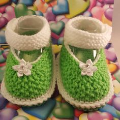 Check out this item in my Etsy shop https://www.etsy.com/listing/507118957/green-and-white-booties-black-and-white