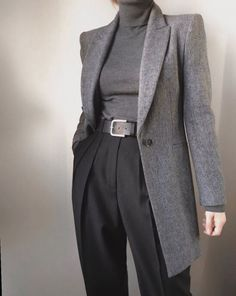 """""""The sharpest shoulders I could find"""" - fall/winter office wear Aesthetic Fashion, Look Fashion, Aesthetic Clothes, Korean Fashion, Fashion Outfits, Fashion Design, Trendy Fashion, Classy Outfits, Stylish Outfits"""