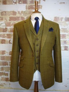 Tweed Addict 3 Piece Wedding Suit in Porter & Harding Glenroyal