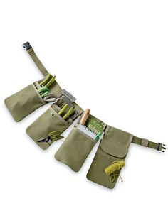 Gardener's Tool Belt The ingenious design of this tool belt includes four separate pockets that slide onto the belt and snap in place. Cotton canvas with nylon belt. Garden Tool Belt, Garden Tool Storage, Garden Tools, Sewing Tools, Sewing Projects, Bushcraft Backpack, Gardening Apron, Organic Gardening, Nylons