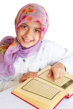 Quran For Kids is International & professional World Leading Quran Academy. We offer experience Male & Female Quran Tutor, Special for Kids Online Leering, learn Quran online with tajweed and contact to more Islamic Learning. Learning Courses, Learning Time, Learning Arabic, Student Learning, Teaching Kids, Kids Learning, Learn Arabic Online, Online Quran, Islam For Kids