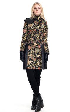 Tapestry Coat Rag & Bone Fall 2012...no words!