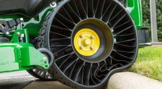 John Deere ZTrak 900 zero turn mower with Michelin X Tweel airless tires Toyota, Zero Turn Mowers, Flat Tire, Cool Inventions, Electric Cars, Electric Scooter, Tired, Monster Trucks, Truck Accessories